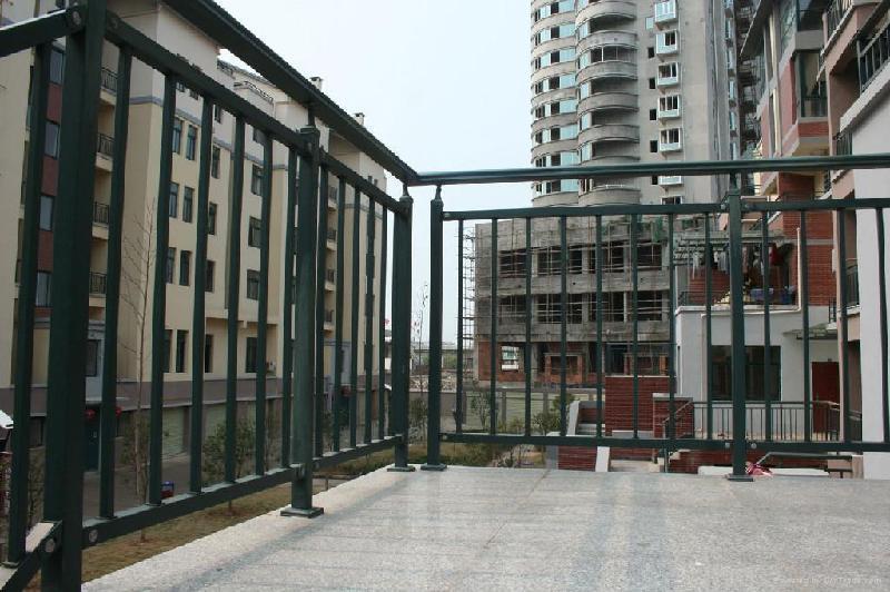 广东广州铝合金阳台护栏 铝合金围栏厂家