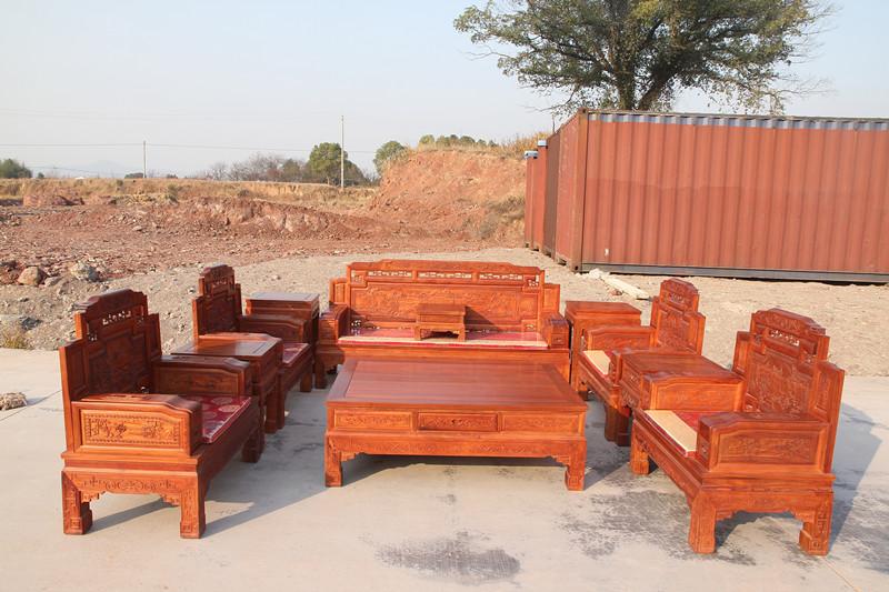 家具是木制品,易燃之物